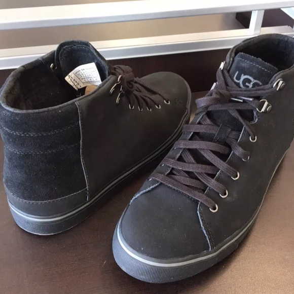 7706abf9cde New Classic Ugg Hoyt High Tops Black Sneakers 👍🔥 NWT